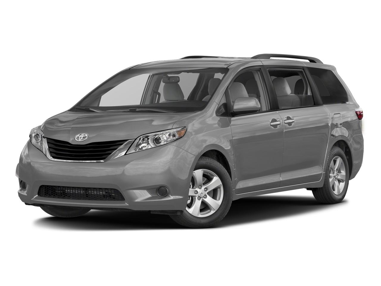 2017 Toyota Sienna Vehicle Photo in Trevose, PA 19053