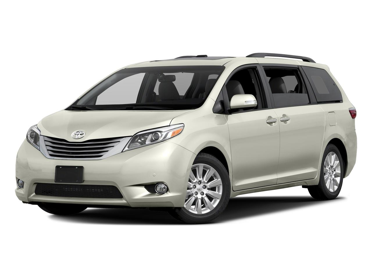 2017 Toyota Sienna Vehicle Photo in Poughkeepsie, NY 12601