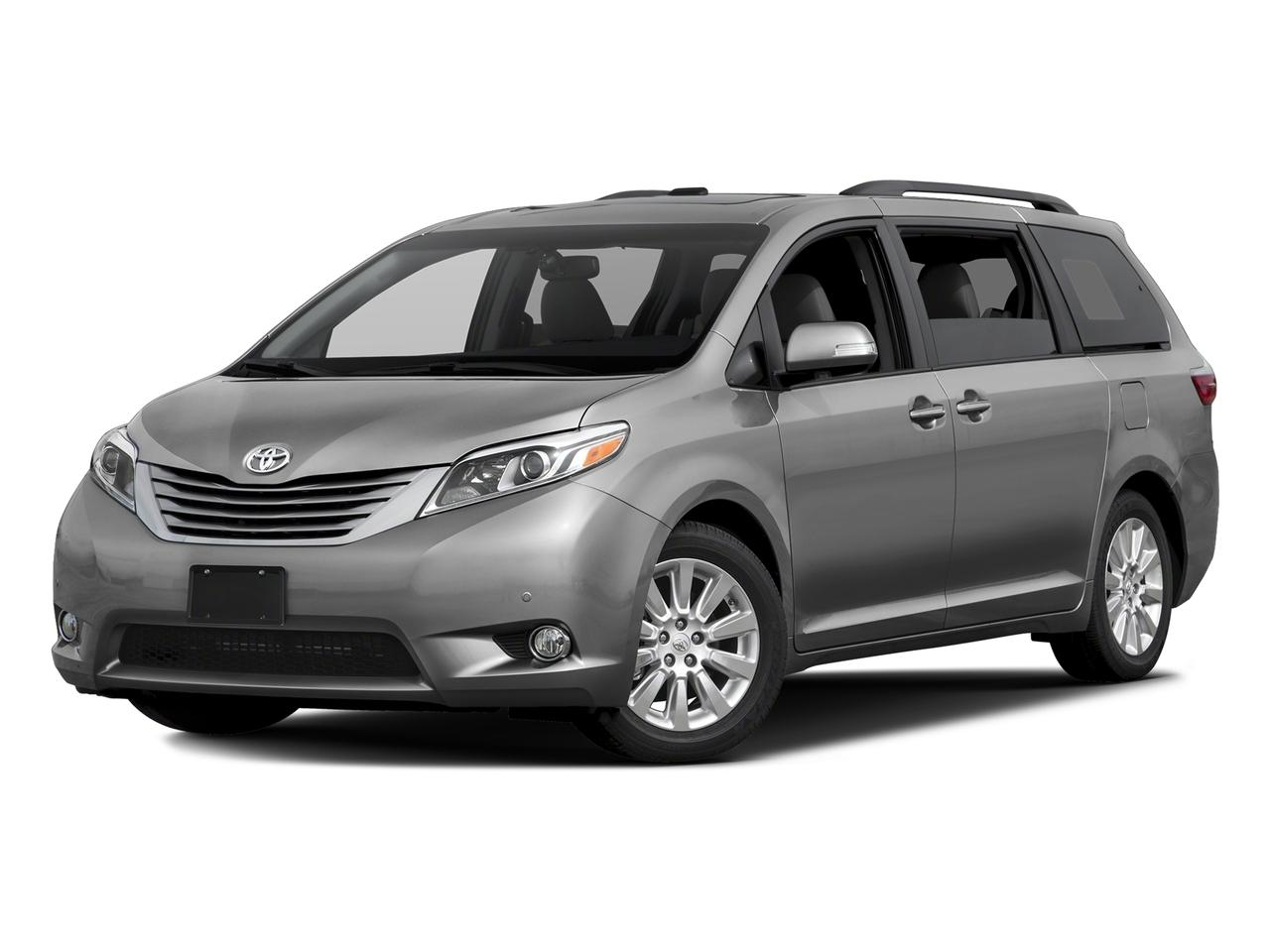 2017 Toyota Sienna Vehicle Photo in Danbury, CT 06810