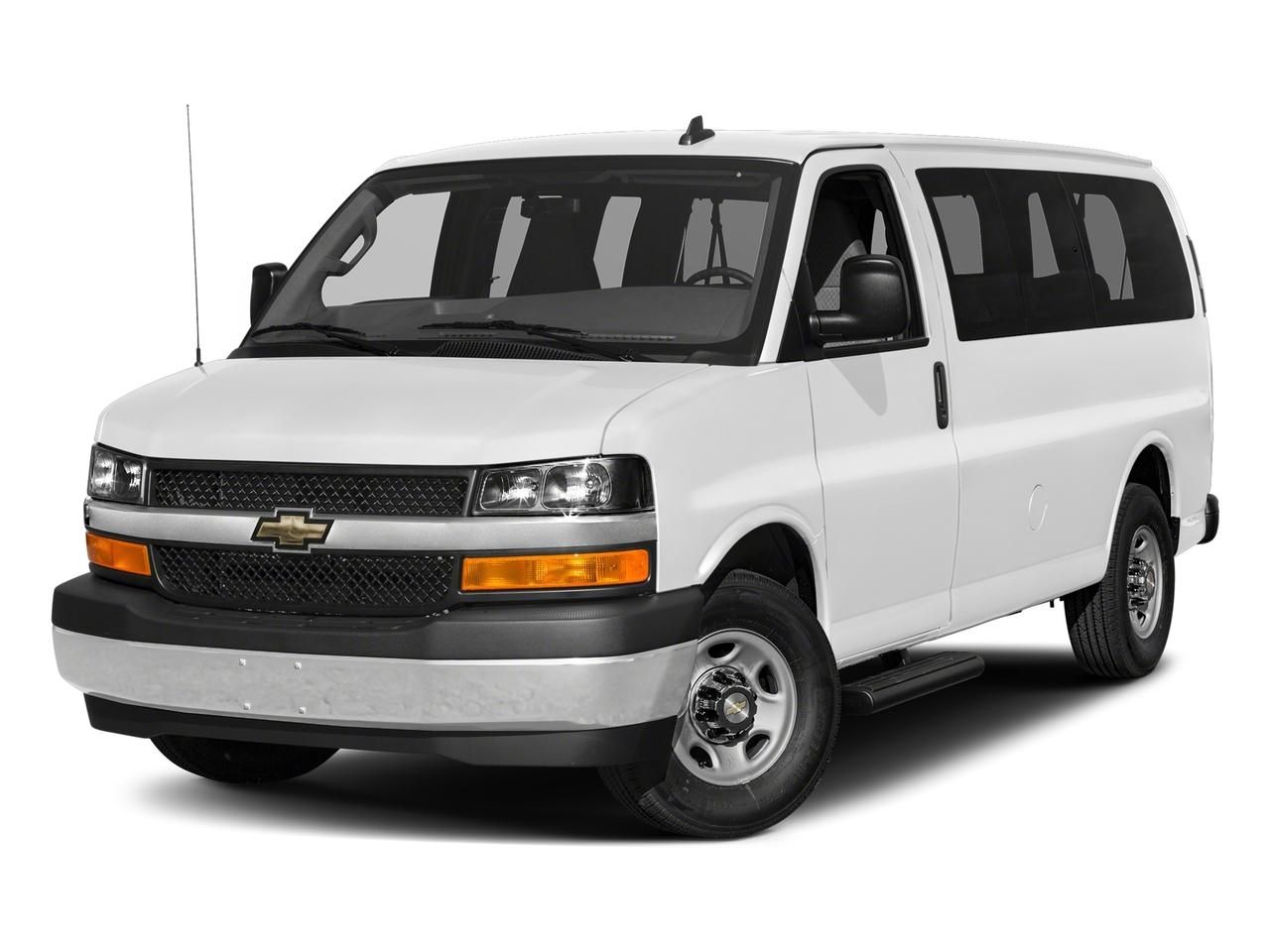 2018 Chevrolet Express Passenger Vehicle Photo in Danbury, CT 06810