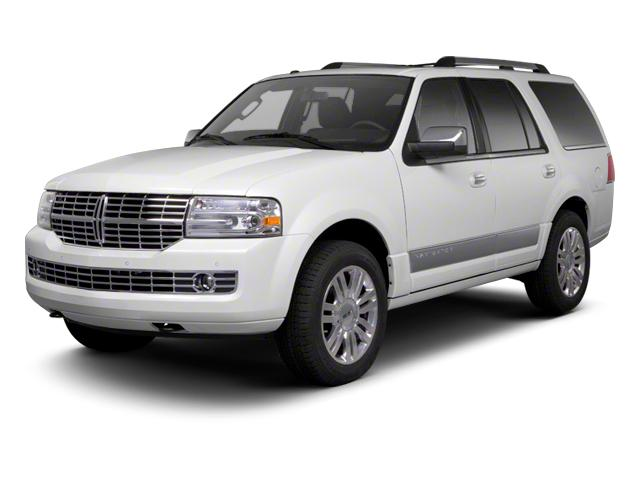 2013 LINCOLN Navigator Vehicle Photo in Lake Bluff, IL 60044