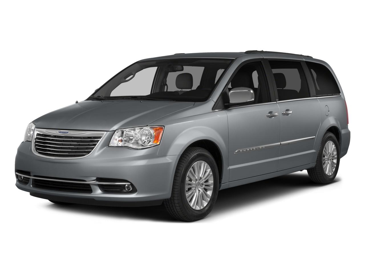 2015 Chrysler Town & Country Vehicle Photo in Novato, CA 94945