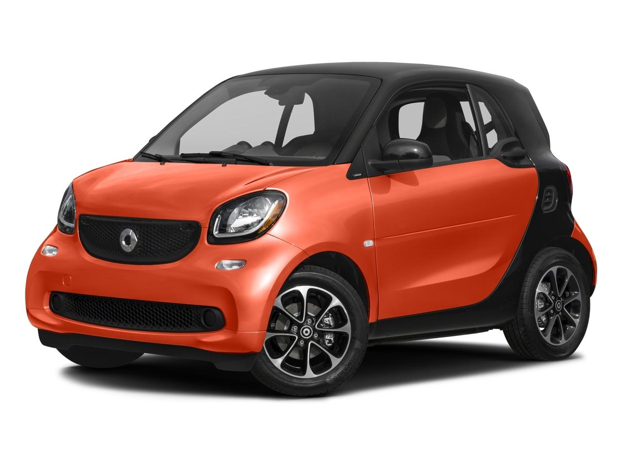 2016 smart fortwo Vehicle Photo in Akron, OH 44303