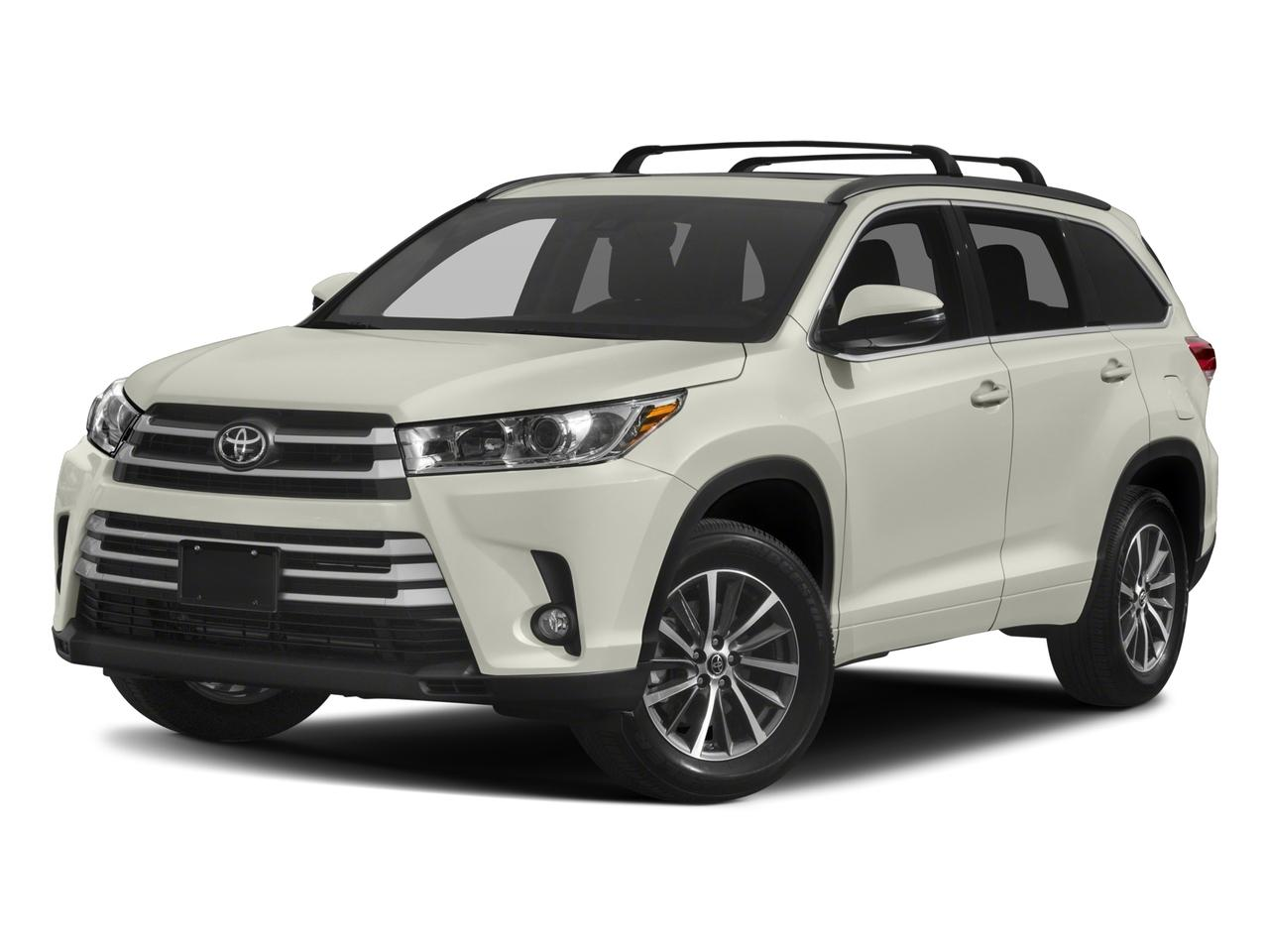 2017 Toyota Highlander Vehicle Photo in Oak Lawn, IL 60453-2517