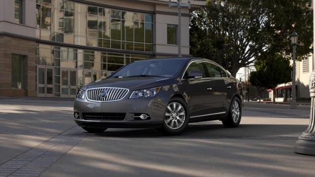 2013 Buick LaCrosse Vehicle Photo In Summersville, WV 26651