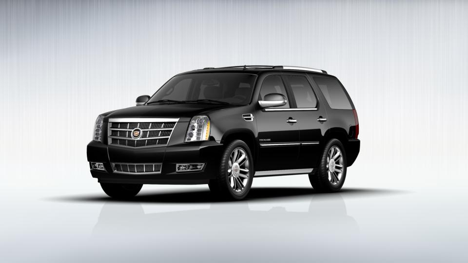 2013 Cadillac Escalade Vehicle Photo in Burlington, WI 53105