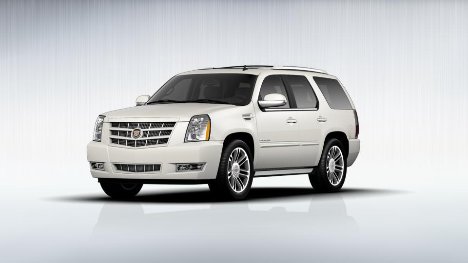 2013 Cadillac Escalade Vehicle Photo in Frisco, TX 75035