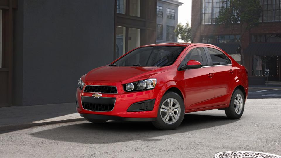 2013 Chevrolet Sonic Vehicle Photo in Lake Bluff, IL 60044