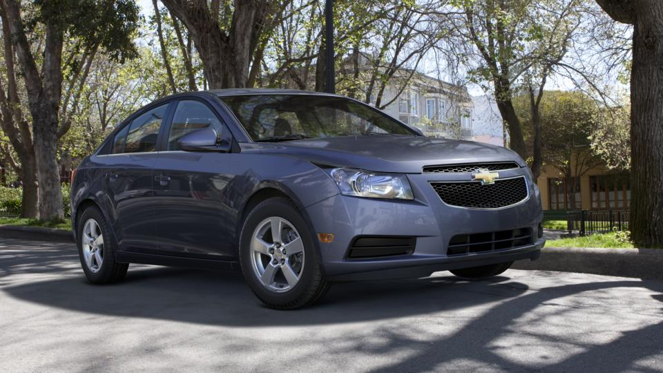 2013 Chevrolet Cruze Vehicle Photo in Joliet, IL 60435