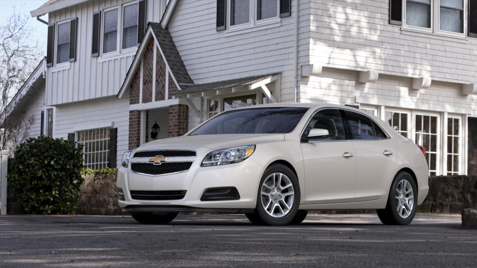 2013 Chevrolet Malibu Vehicle Photo in Clinton, MI 49236