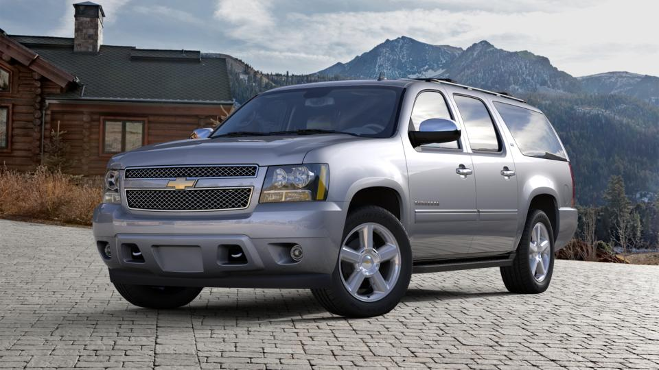 2013 Chevrolet Suburban Vehicle Photo in Bend, OR 97701