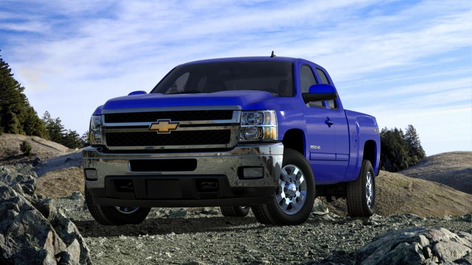 2013 Chevrolet Silverado 2500HD Vehicle Photo in Southborough, MA 01772
