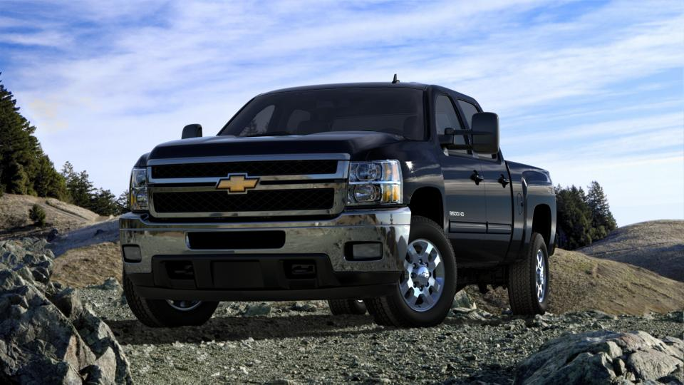 2013 Chevrolet Silverado 3500HD Vehicle Photo in Bend, OR 97701