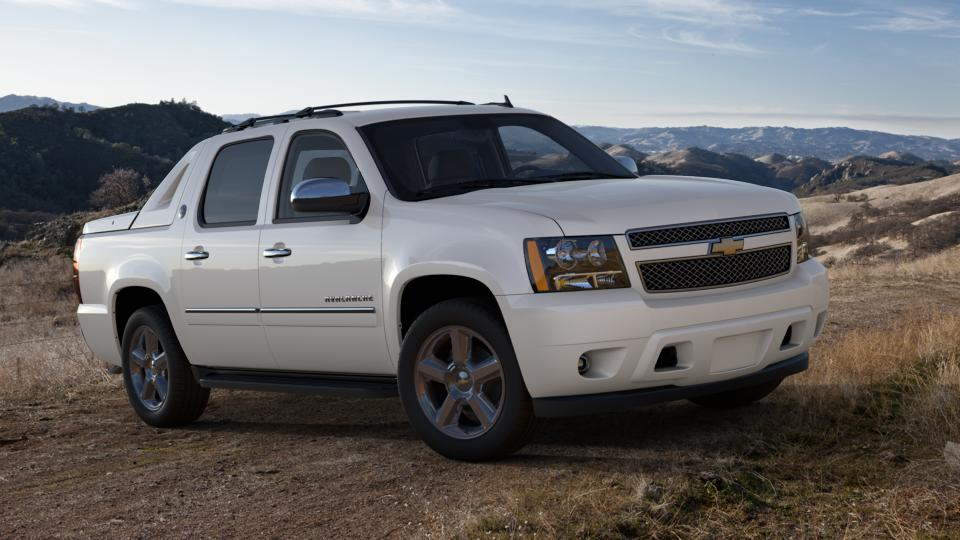 2013 Chevrolet Avalanche Vehicle Photo in Beaufort, SC 29906