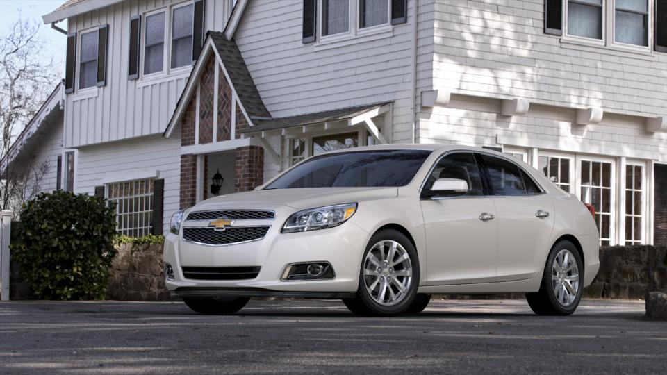 2013 Chevrolet Malibu Vehicle Photo in Bend, OR 97701