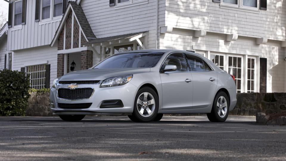 2015 Chevrolet Malibu Vehicle Photo in Joliet, IL 60435