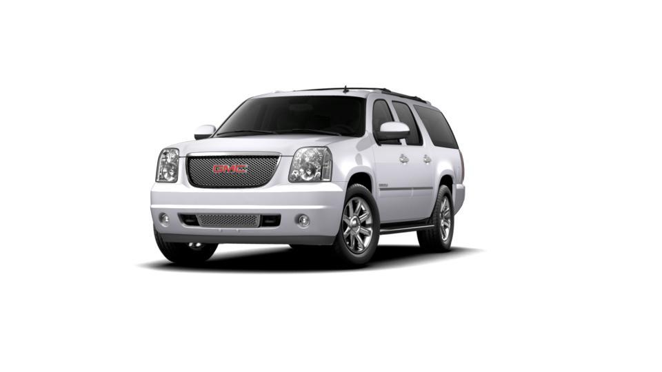 2013 GMC Yukon XL Vehicle Photo in Columbia, MO 65203-3903