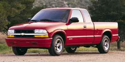 2001 Chevrolet S-10 Vehicle Photo in Milford, OH 45150