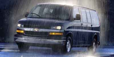 2003 Chevrolet Express Passenger Vehicle Photo in Milford, OH 45150