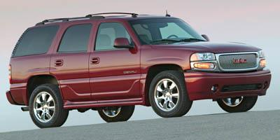 2005 GMC Yukon Denali Vehicle Photo in Knoxville, TN 37912