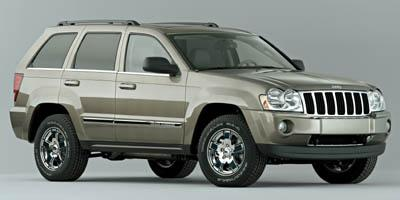 2005 Jeep Grand Cherokee Vehicle Photo in Kansas City, MO 64118