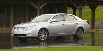 2005 Toyota Avalon Vehicle Photo in Houston, TX 77546