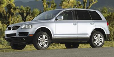 2006 Volkswagen Touareg Vehicle Photo in Green Bay, WI 54302