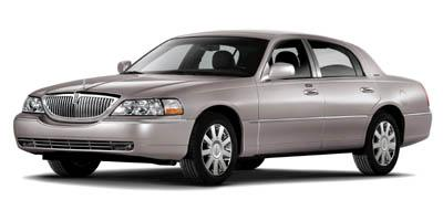 2007 LINCOLN Town Car Vehicle Photo in AKRON, OH 44303-2185