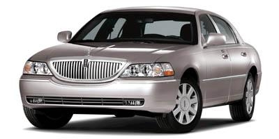 2007 LINCOLN Town Car Vehicle Photo in Gainesville, TX 76240