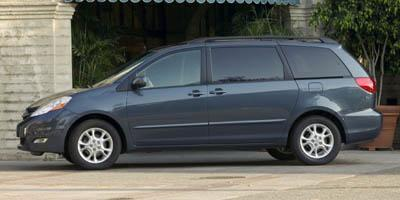 2007 Toyota Sienna Vehicle Photo in Houston, TX 77074