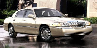 2008 LINCOLN Town Car Vehicle Photo in Columbia, TN 38401