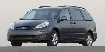 2008 Toyota Sienna Vehicle Photo in Lansing, MI 48911