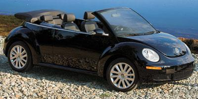 2009 Volkswagen New Beetle Convertible Vehicle Photo in Watertown, CT 06795