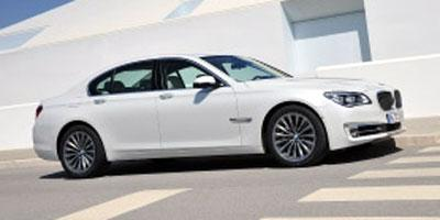 2013 BMW 750i xDrive Vehicle Photo in Joliet, IL 60435