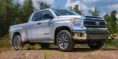 2015 Toyota Tundra 4WD Truck Vehicle Photo in Decatur, IL 62526