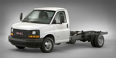 2018 GMC Savana Commercial Cutaway Vehicle Photo in Medina, OH 44256