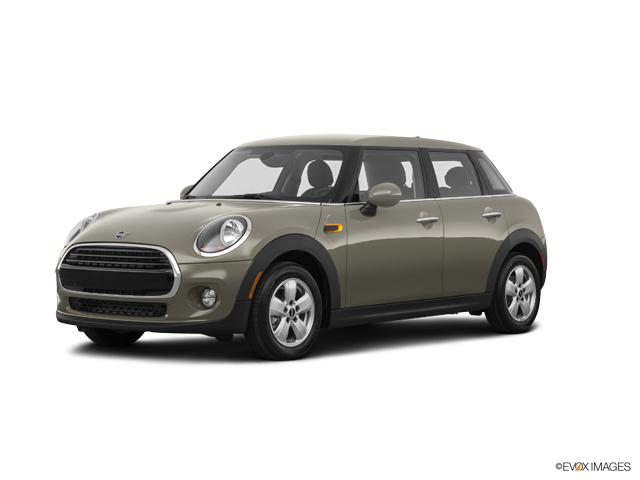 2019 MINI Cooper S Hardtop 4 Door Vehicle Photo in Appleton, WI 54913