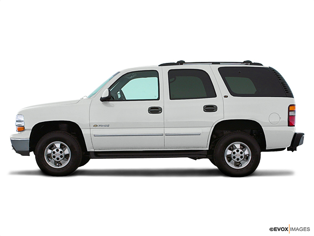 2002 Chevrolet Tahoe Vehicle Photo in Mukwonago, WI 53149