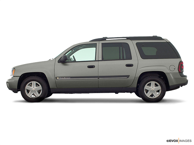 2002 Chevrolet TrailBlazer Vehicle Photo in Joliet, IL 60435