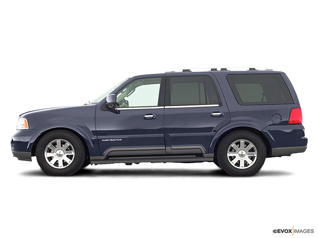 2003 LINCOLN Navigator Vehicle Photo in Janesville, WI 53545