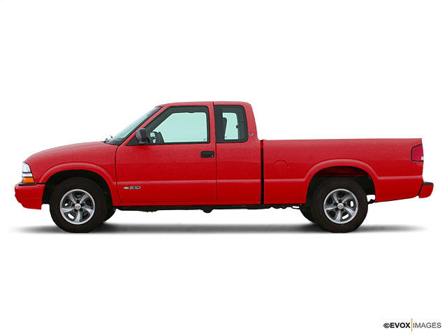 2003 Chevrolet S-10 Vehicle Photo in Menomonie, WI 54751