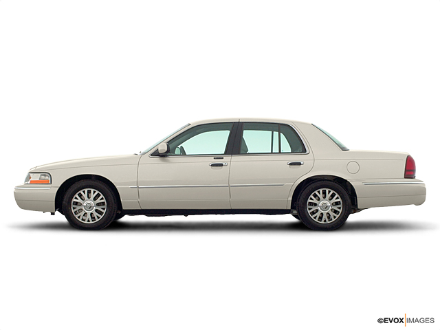 2004 Mercury Grand Marquis Vehicle Photo in Ocala, FL 34474