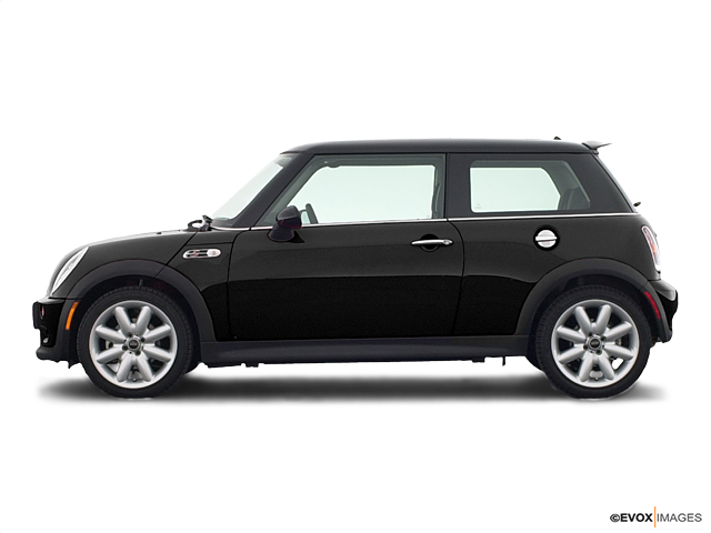 2004 MINI Cooper S Hardtop Vehicle Photo in Bend, OR 97701