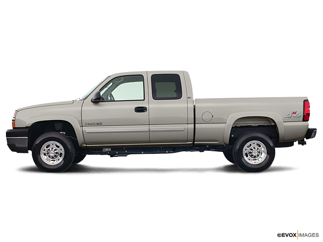 2004 Chevrolet Silverado 2500HD Vehicle Photo in Independence, MO 64055