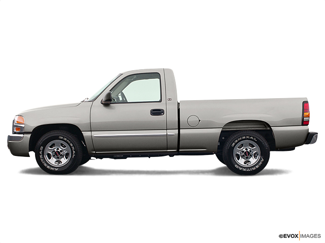 2004 GMC Sierra 1500 Vehicle Photo in Akron, OH 44303