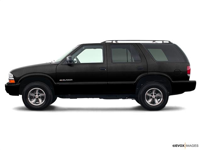2004 Chevrolet Blazer Vehicle Photo in Doylestown, PA 18902