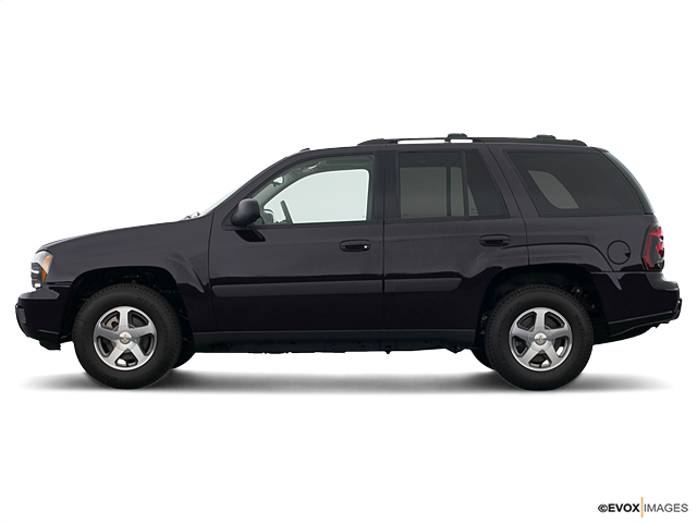 2005 Chevrolet TrailBlazer Vehicle Photo in Moon Township, PA 15108