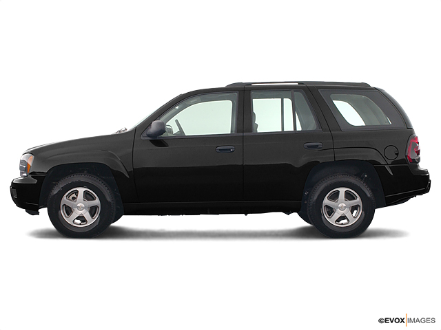 2003 Chevrolet TrailBlazer Vehicle Photo in Oak Lawn, IL 60453-2517