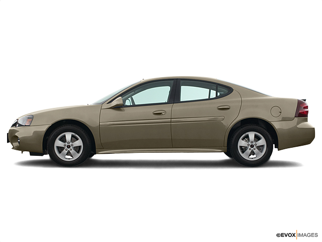 2005 Pontiac Grand Prix Vehicle Photo in Colorado Springs, CO 80905