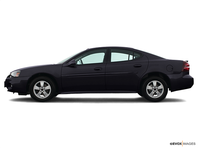 2005 Pontiac Grand Prix Vehicle Photo in Janesville, WI 53545